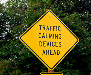 traffic-calming-device-1444591-1599x1311